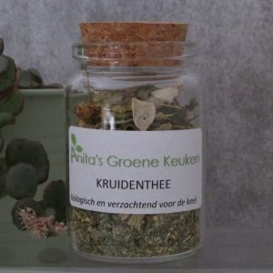kruidenthee_in_pot