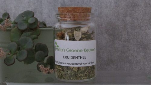 kruidenthee_in_pot
